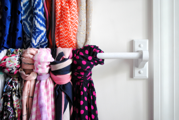 make-a-scarf-hanger-out-of-cheap-towel-bars-3-620x415